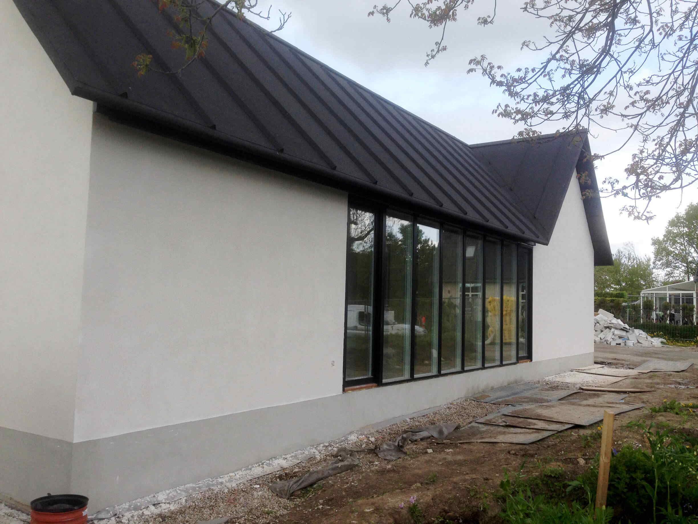 Villa af gasbeton efter facaden er blevet renoveret af Køge Bugt Facadeentreprise